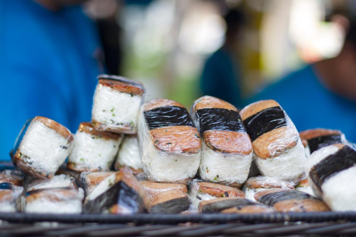 hawaiis-very-local-cheap-snack