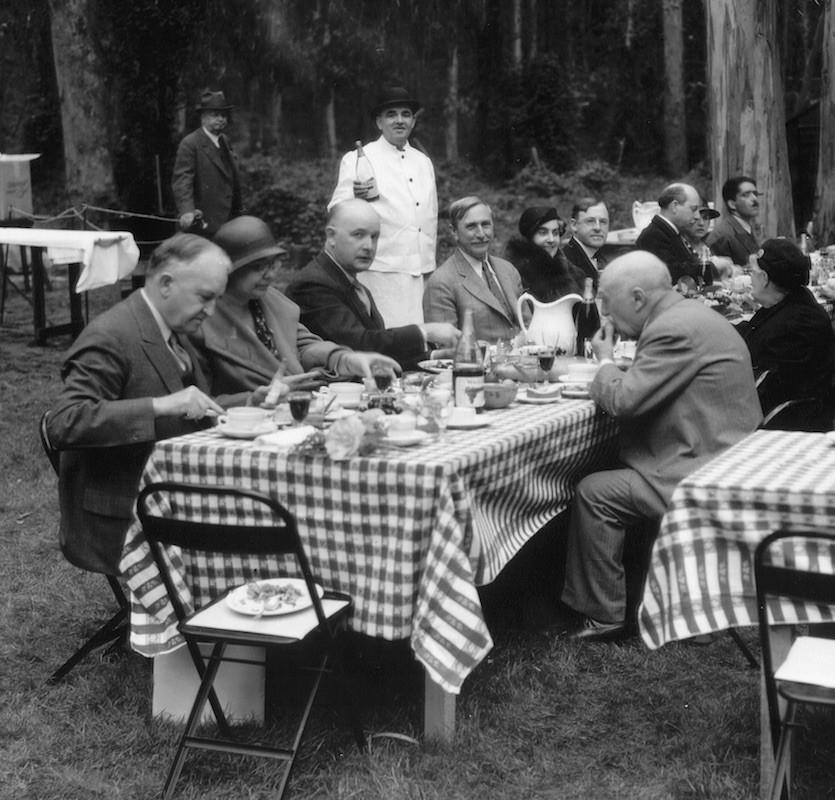 a-downton-abbey-picnic
