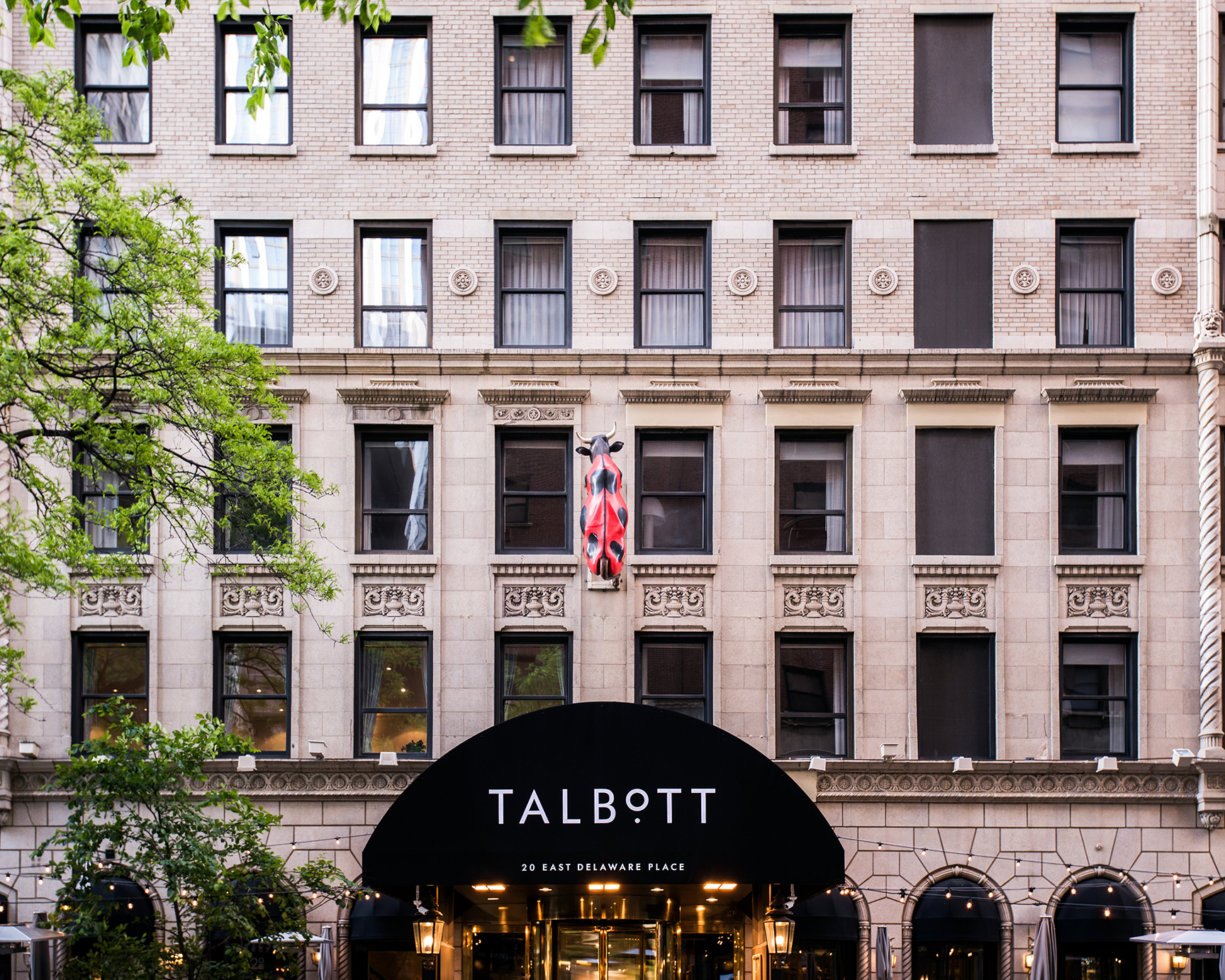 exterior photo of the Hotel Talbott entrance