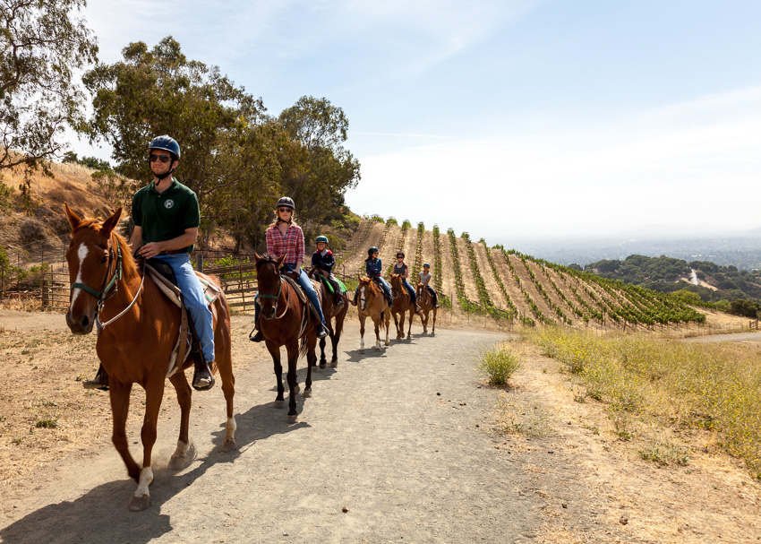 riders-going-out-valley-view-trail