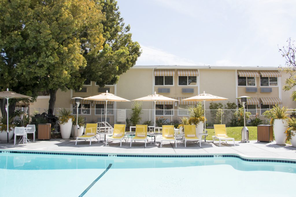 wild palms hotel sunnyvale pool