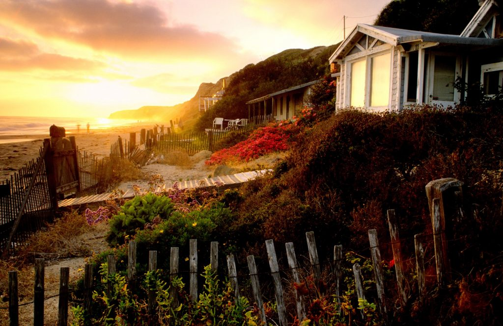 crystal-cove-front-yard-of-cottage-11-cal-request-zf-7173-94508-1-043