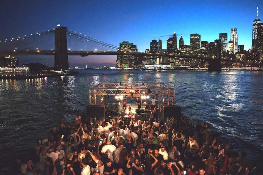 cruise-around-new-york