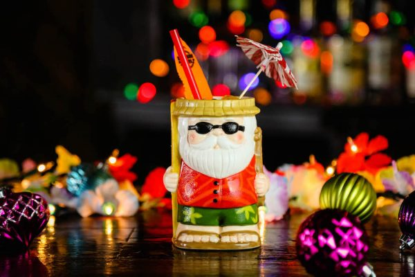 Sippin-Santa-seasonal-cocktails-festive
