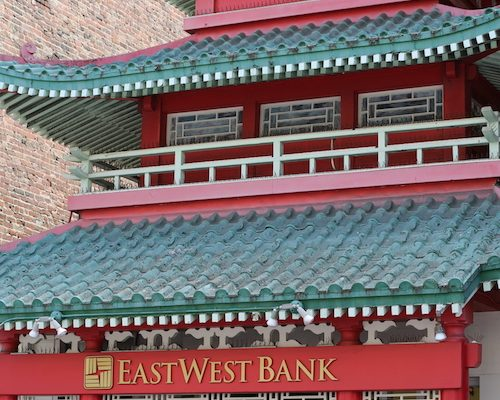 Traditional_Chinese_East_West_Bank_in_Chinatown,_San_Francisco